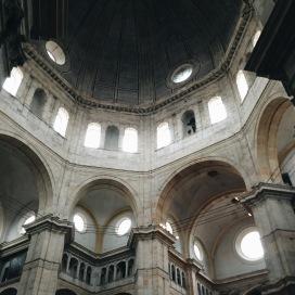 Inside the Pavia Duomo